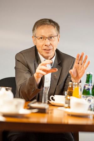 Carsten Sieling (siehe Bild) ist am 15.10. in unserer Abteilung zu Gast.